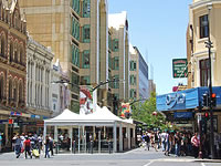 Adelaide Travel Guide - Hindley Street
